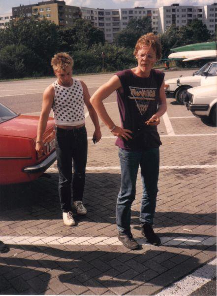 Gründungsmitglieder Sackel und Klein-Schrat (der sogar schon in Funatics-Klamotte) 1988